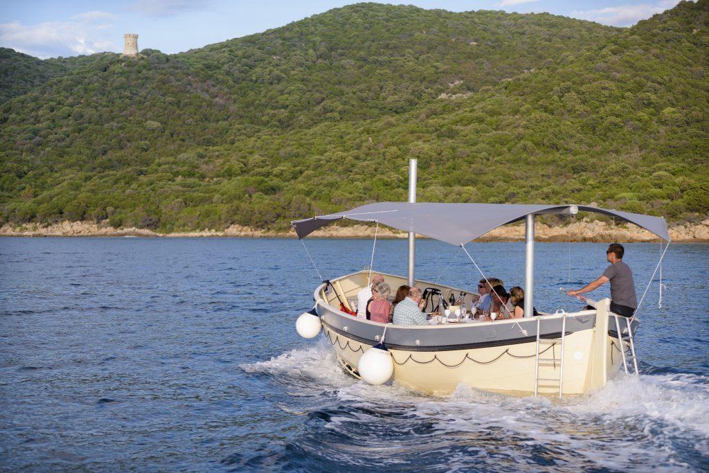 Vue depuis l'hotel Le Golfe - Sortie en bateau